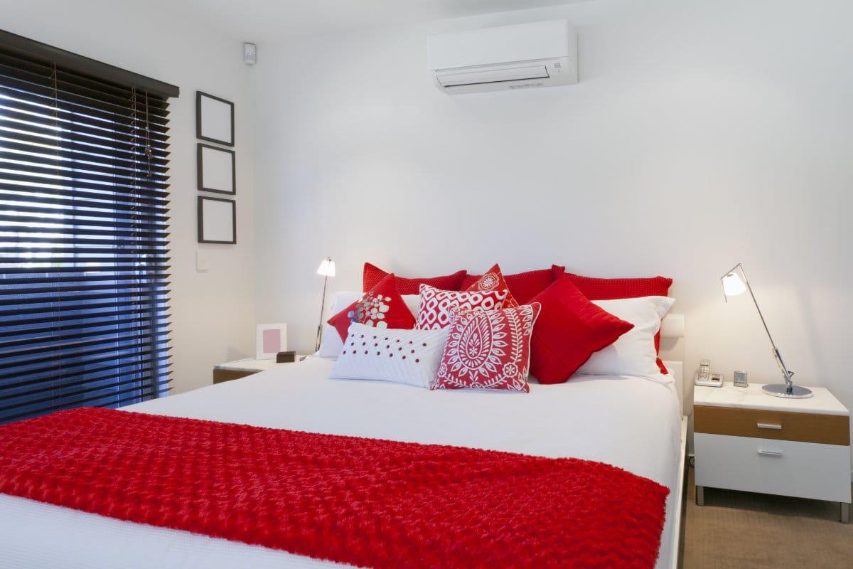 Airco in de slaapkamer plaatsen: mogelijkheden en hun prijzen
